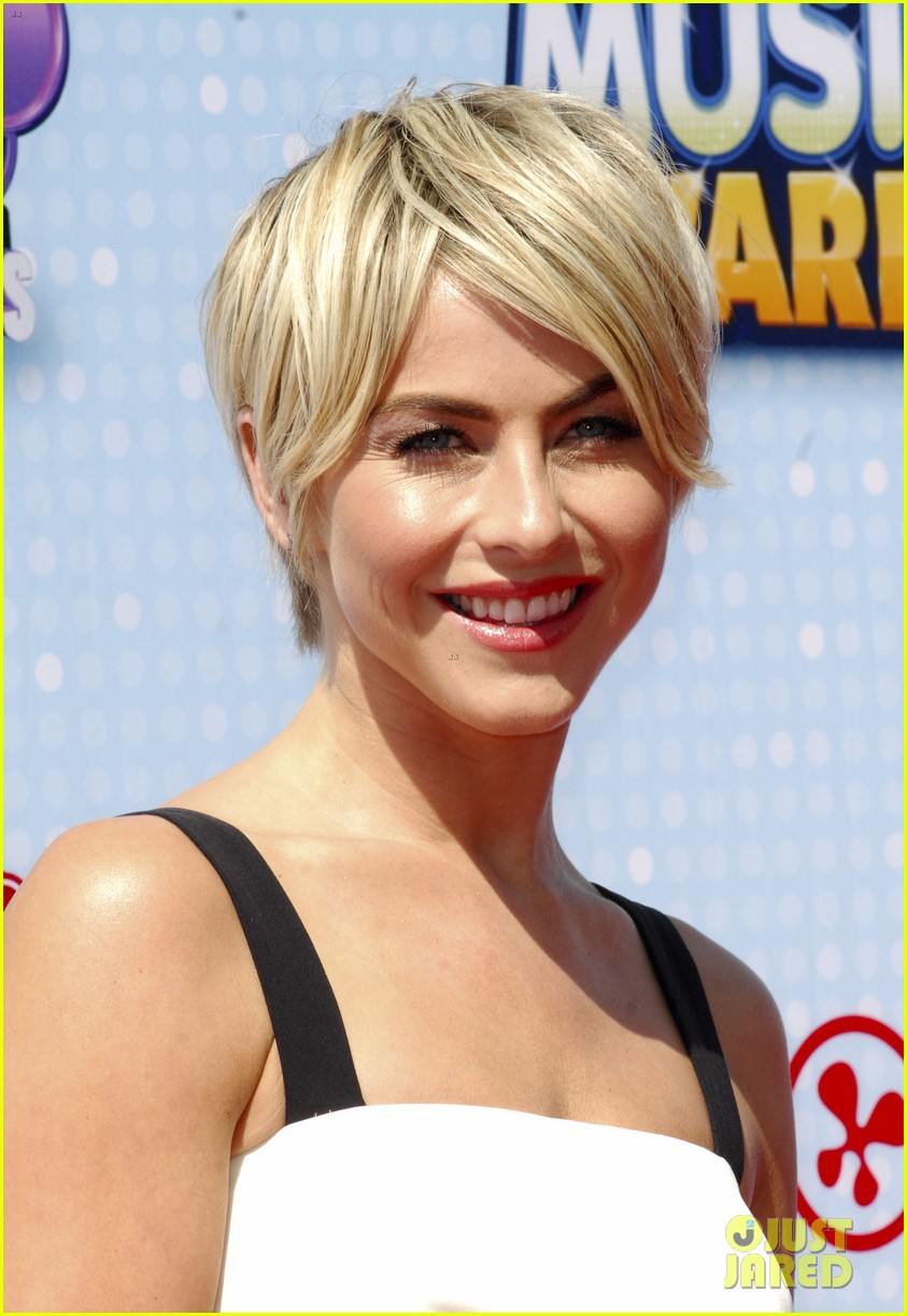 julianne hough radio disney music awards 2014 19
