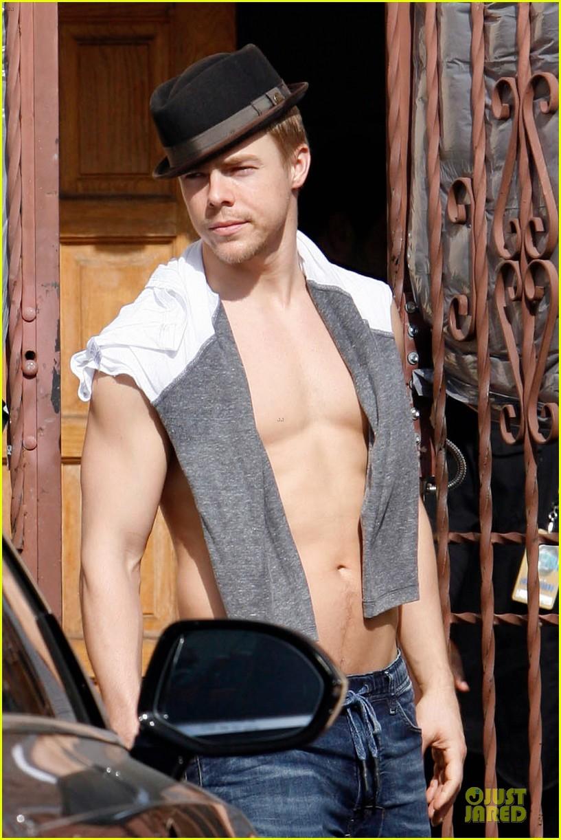 derek hough shirtless body reason why you should dance 08