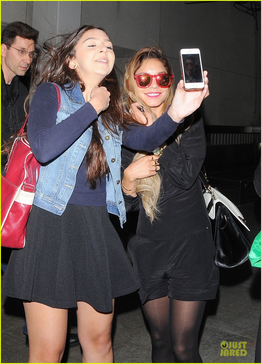 vanessa hudgens sunglasses red at lax airport 02