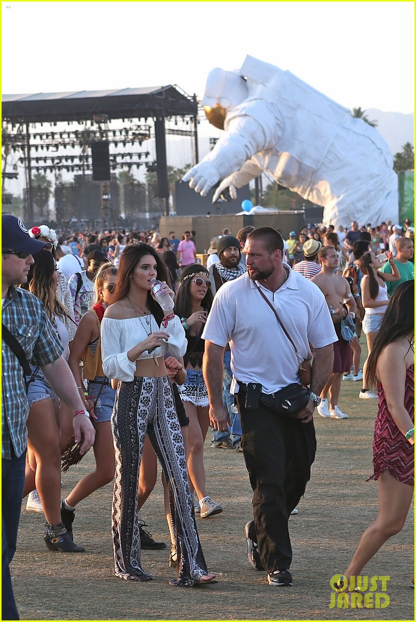 kendall kylie jenner bring their bodyguards to coachella 063095449