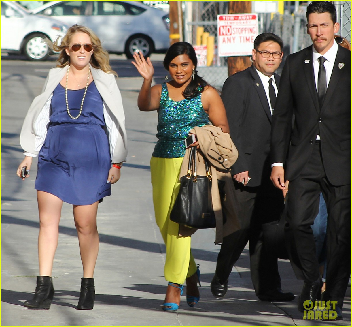 mindy kaling takes lots of effort to look like a normal person 01