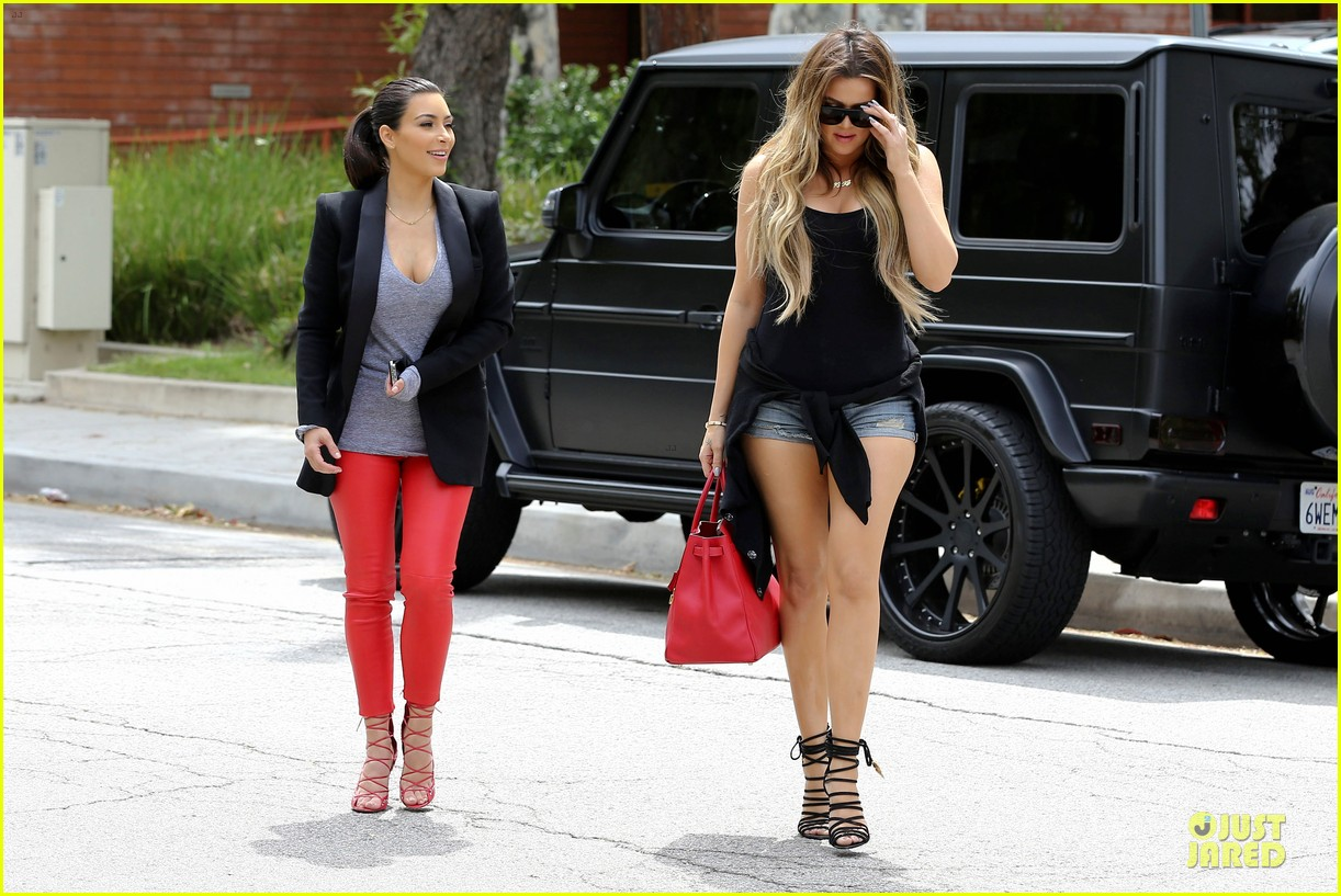 kim kardashian likes to tell sis khloe to drink it up 21