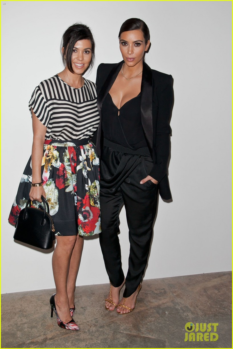 kim kardashian katy perry step out to support marianne williamson 05