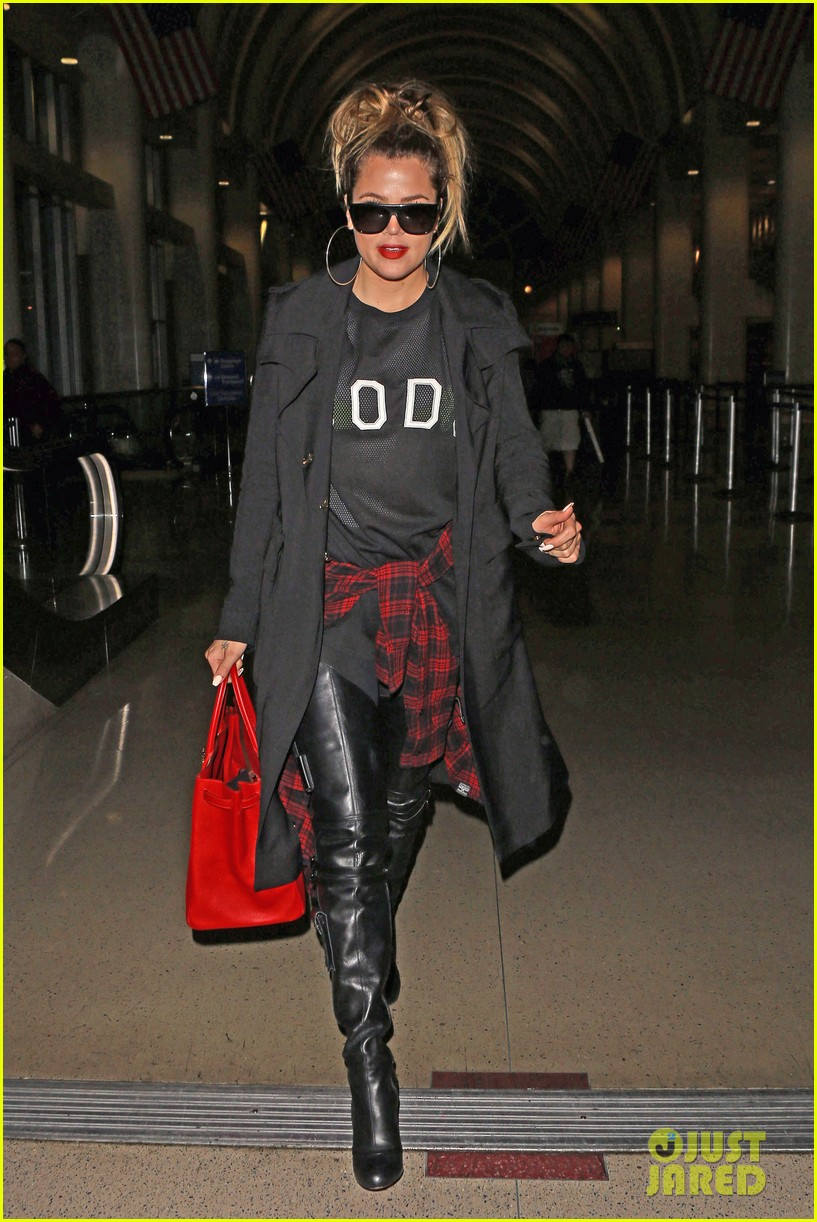 khloe kardashian rocks sheer top lax 053096042