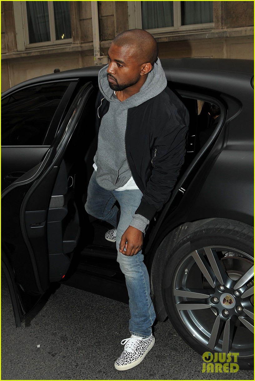 kim kardashian kanye west work out have lunch in paris 093091789