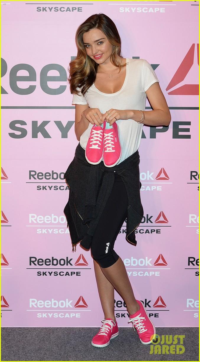 miranda kerr takes her reebok skyscape sneakers to tokyo 02