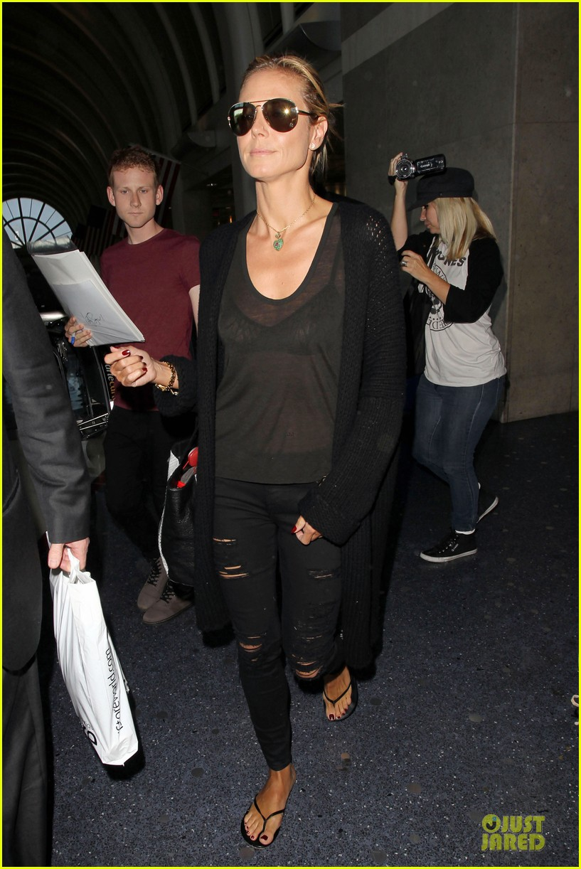 heidi klum sheer top at lax airport 063095204