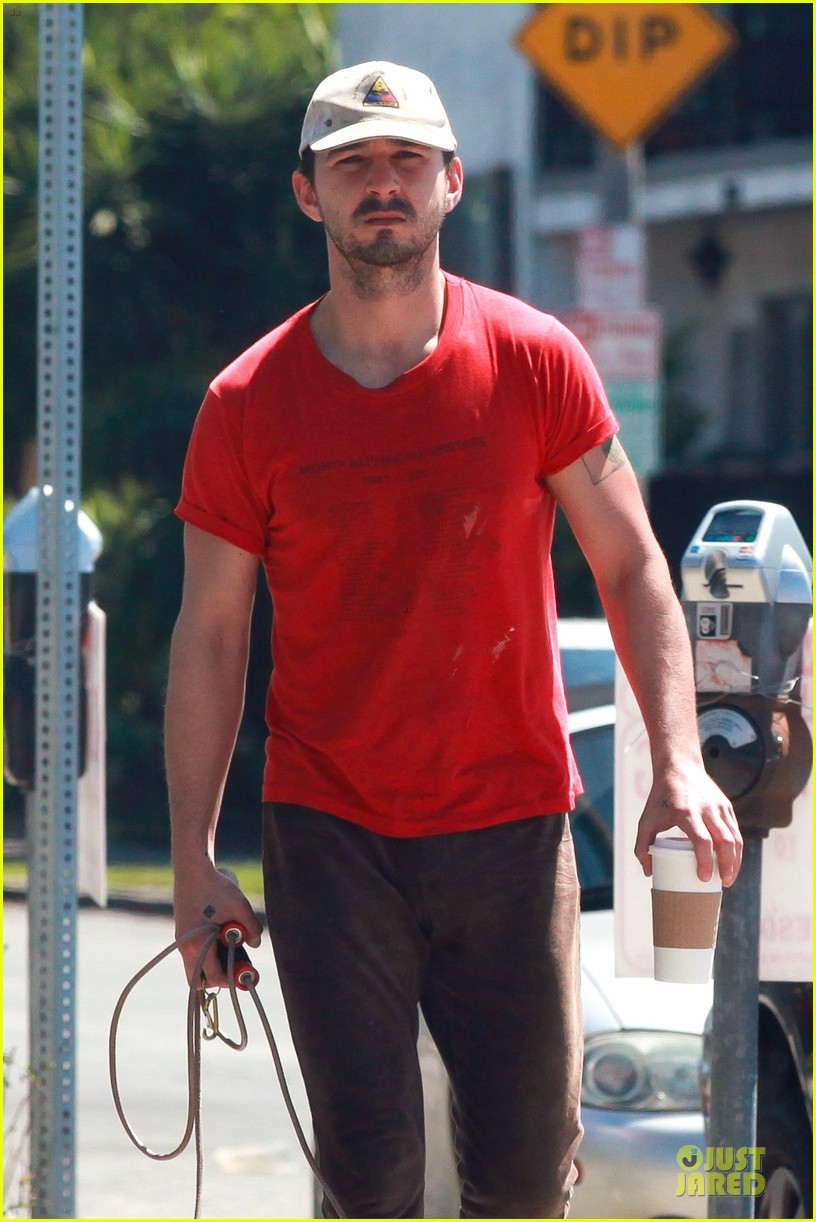 shia labeouf work out with jump rope exercises 023092355