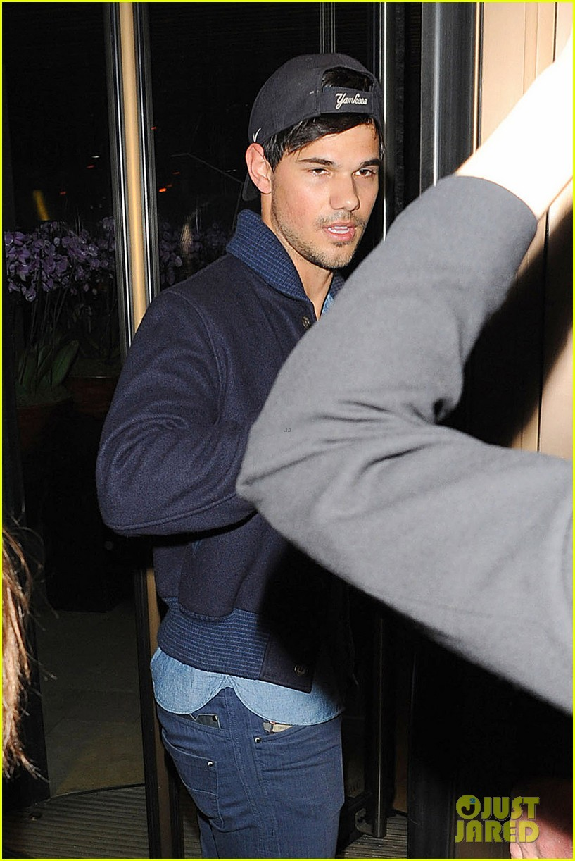 taylor lautner negotiations run the tide 03