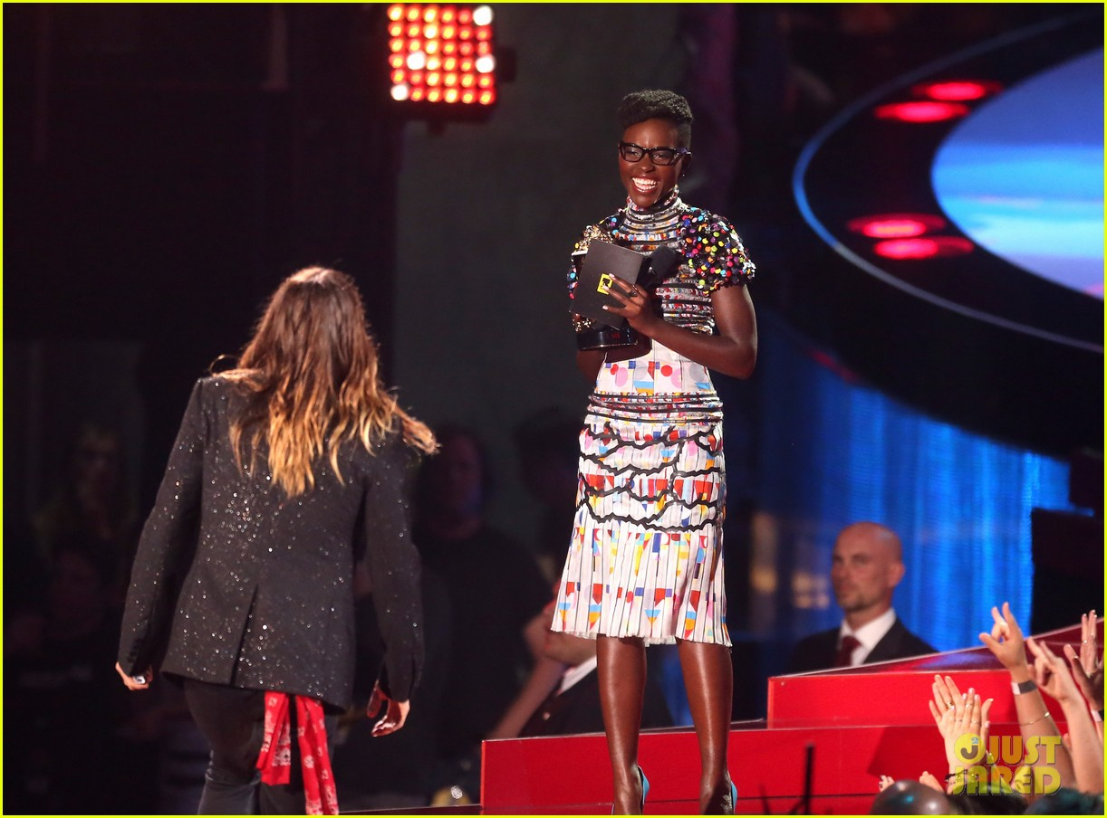jared leto lupita nyongo mtv movie awards 123091266