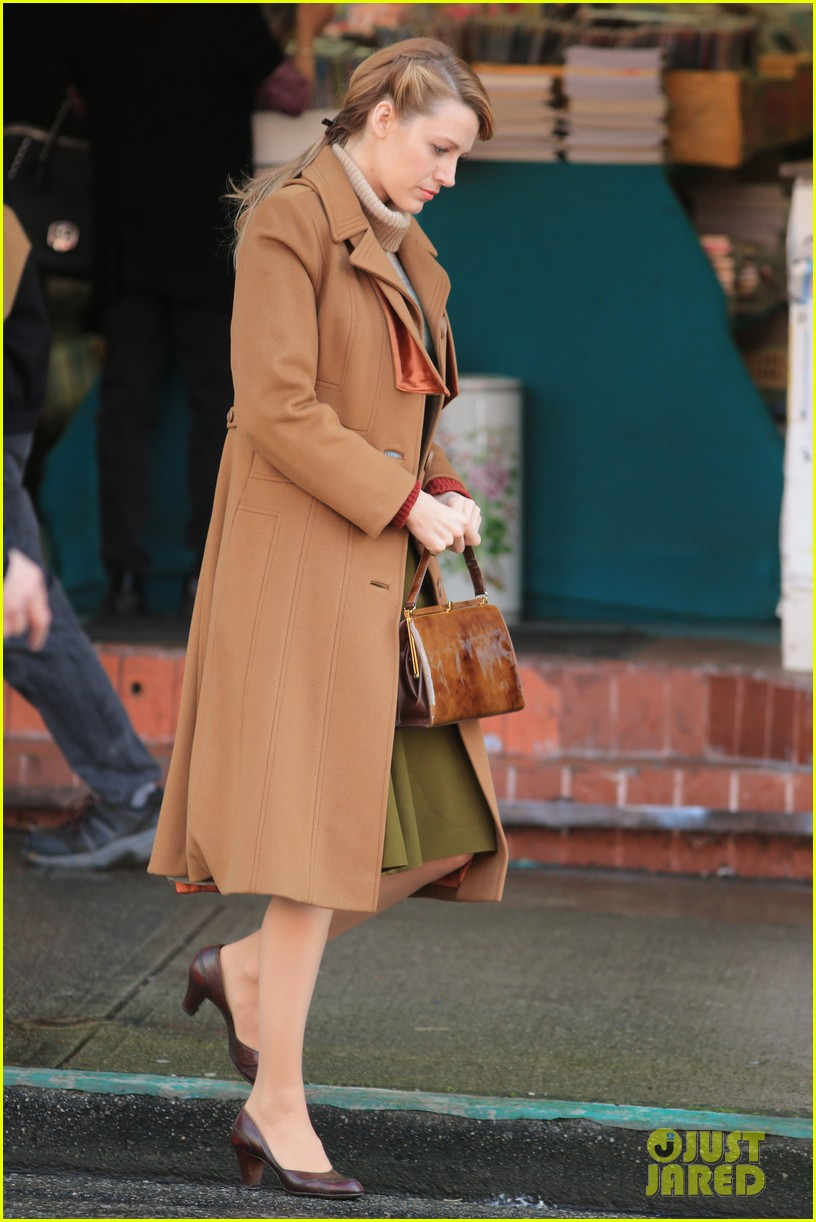blake lively back at work on age of adaline after injury 08