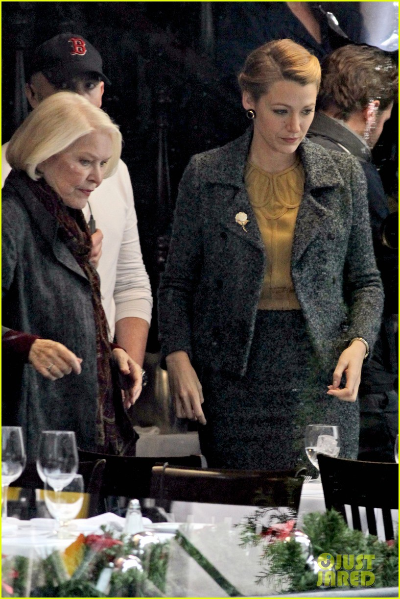 blake lively on screen mom ellen burstyn lunch in character 02