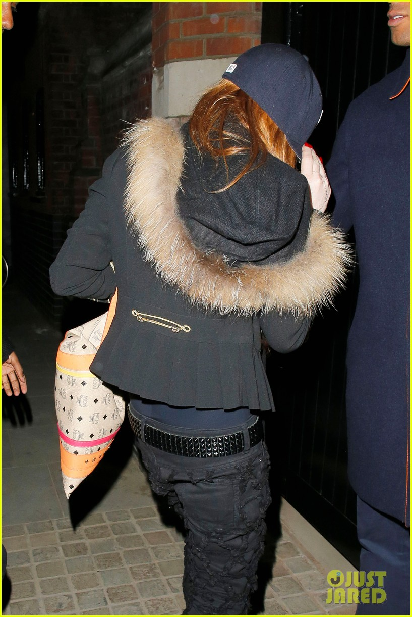 lindsay lohan arrives back to us just in time for mean girls 10th anniversary 103102539