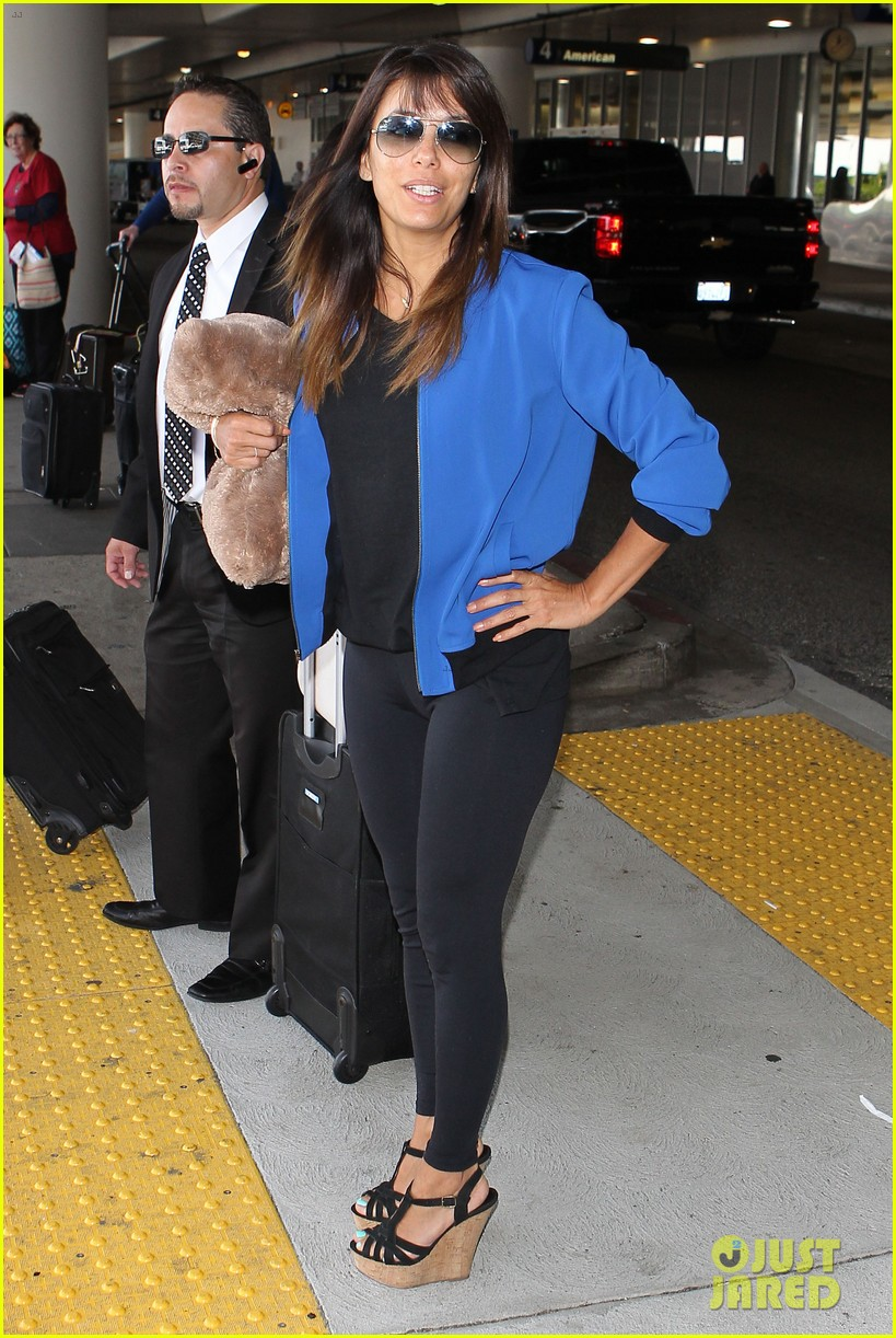 eva longoria returns to l a just in time for devious maids 103100701