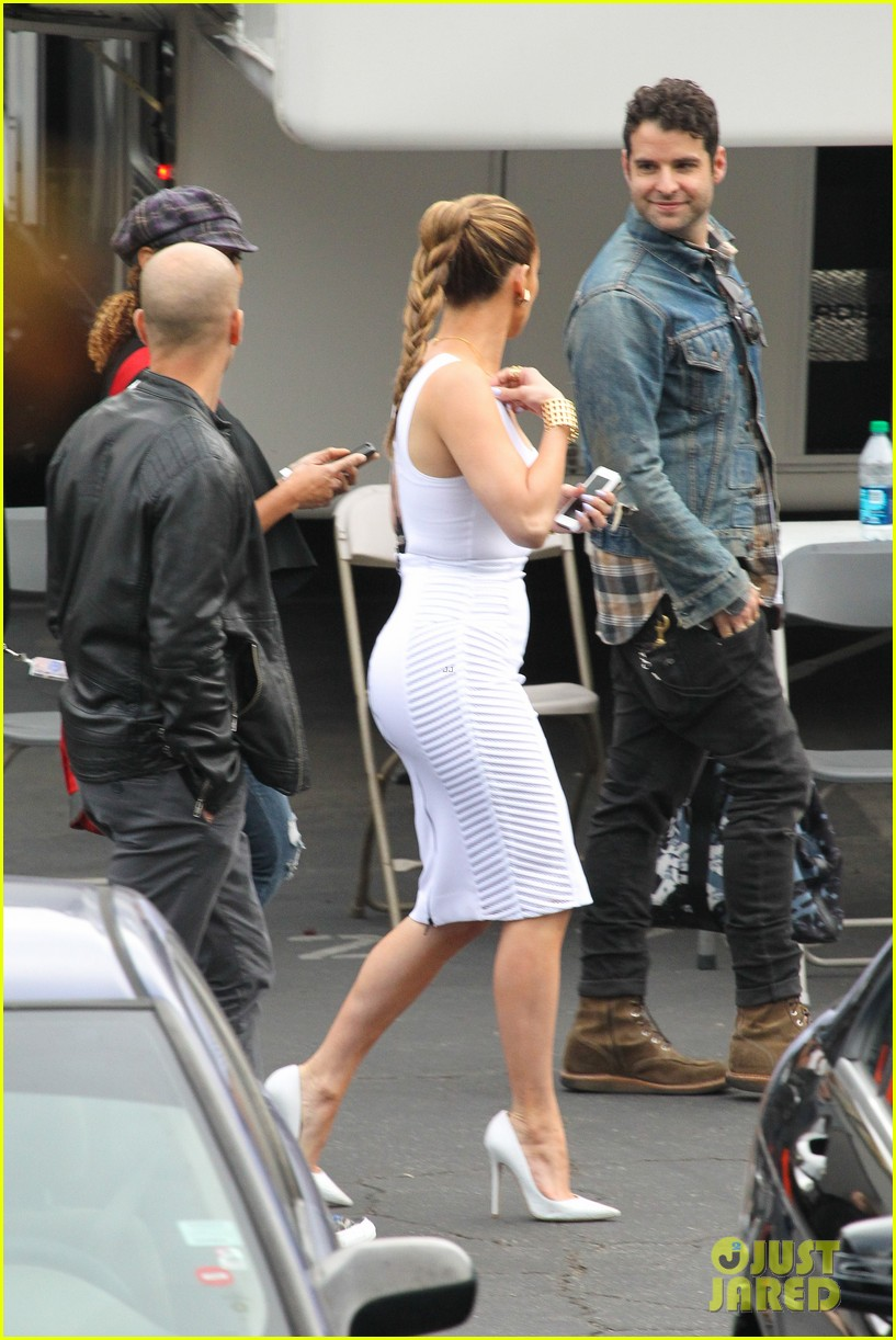 jennifer lopez white hot form fitting dress idol 11