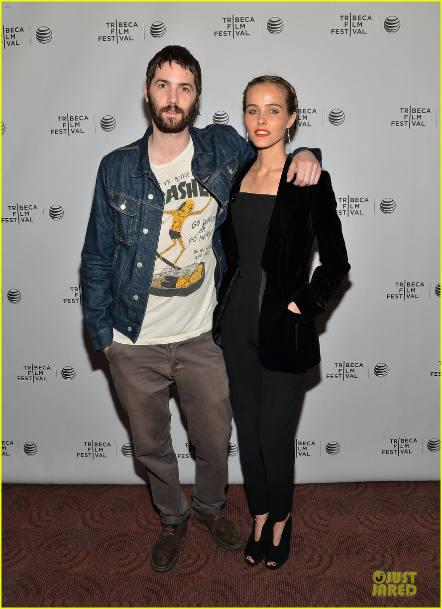 isabel lucas jim sturgess bring electric slide to tribeca 033097046