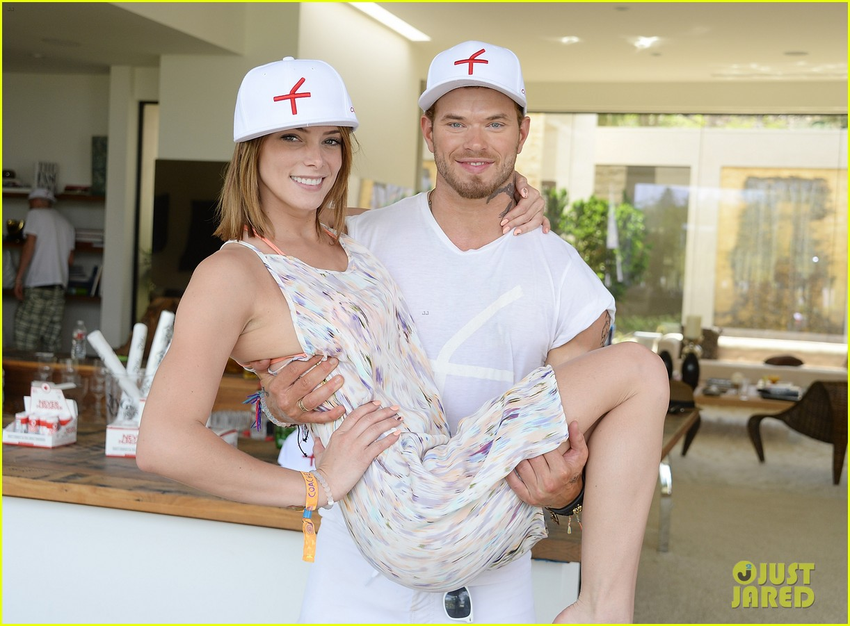 kellan lutz ashley greene show off beach bodies coachella pool party 133090169