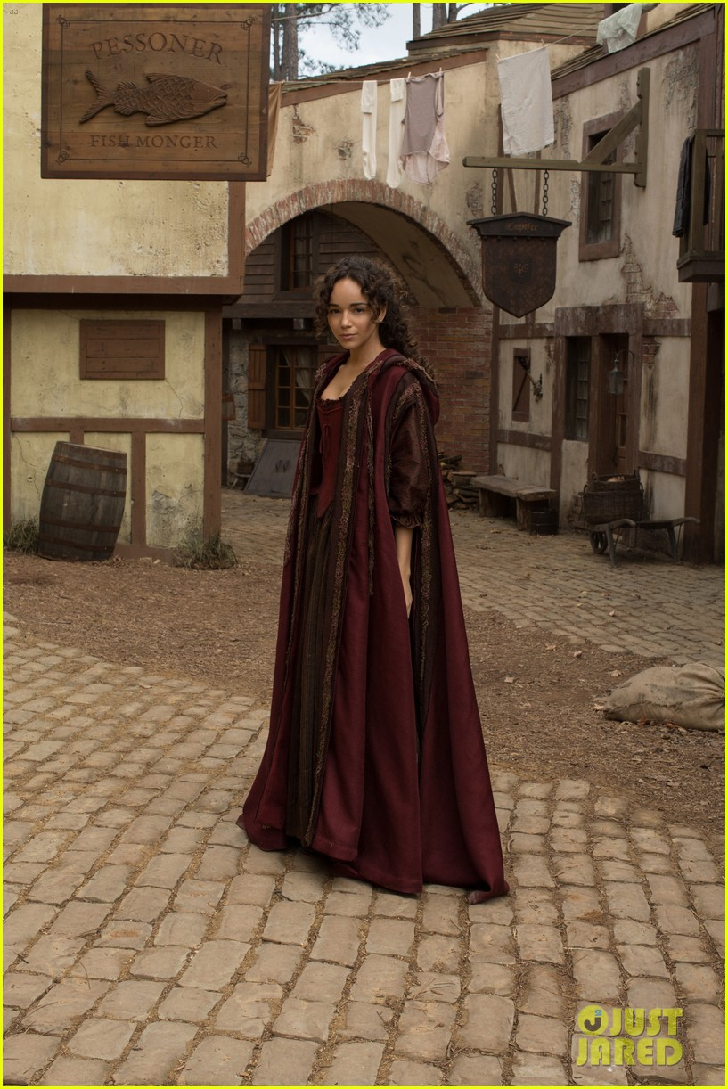 ashley madekwe gets witchy in exclusive salem still 03