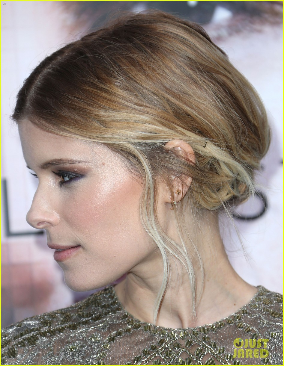 kate mara paul bettany transcendence premiere 073088871