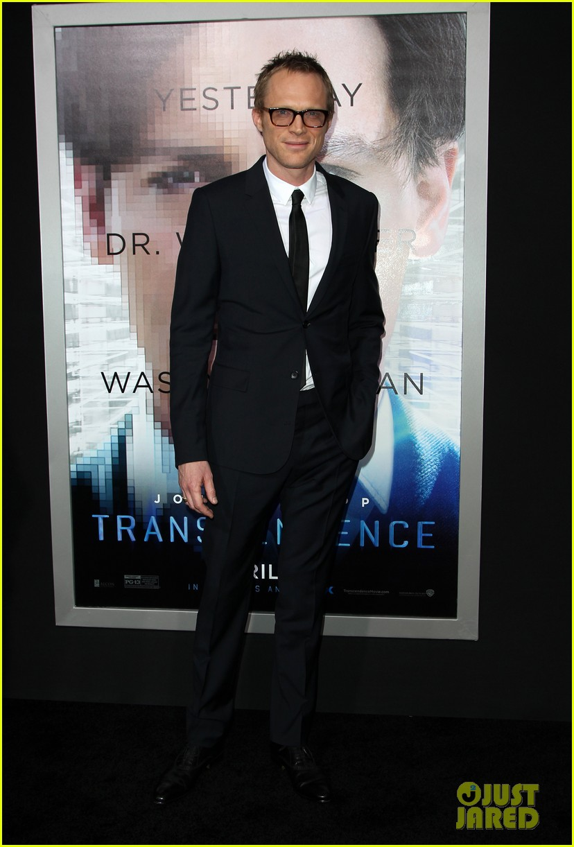 kate mara paul bettany transcendence premiere 173088881