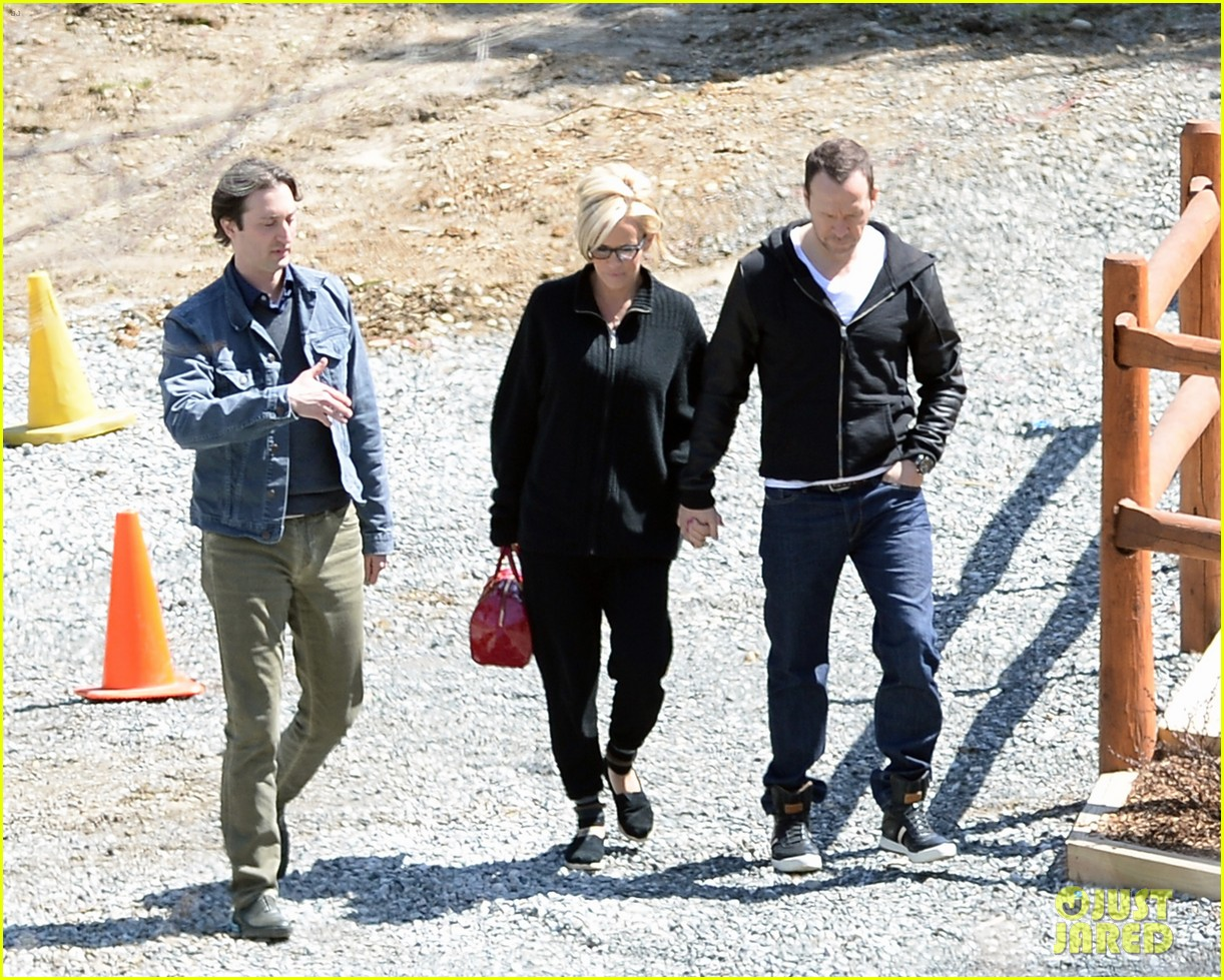jenny mccarthy donnie wahlberg spotted upstate new york 20