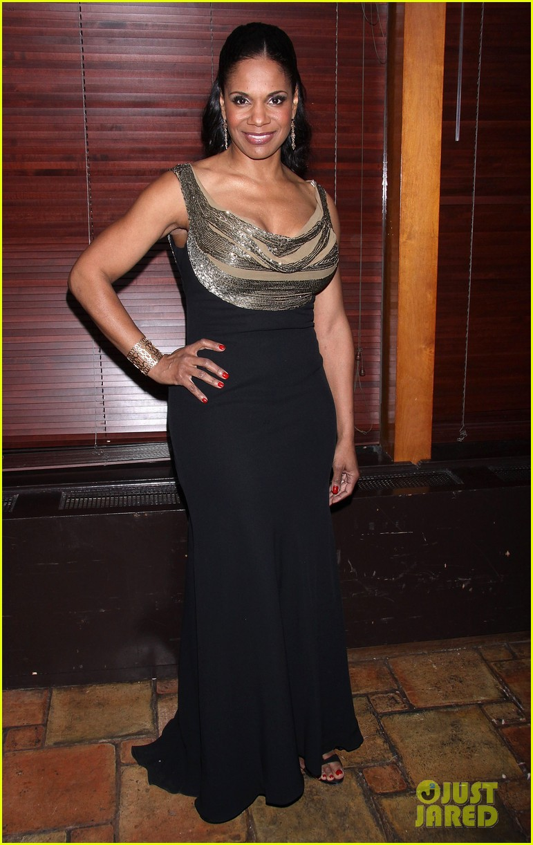 audra mcdonald makes debut as billie holiday on broadway 01