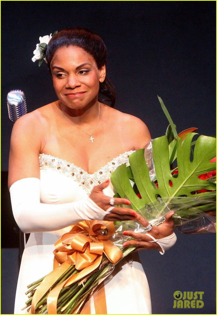 audra mcdonald makes debut as billie holiday on broadway 19