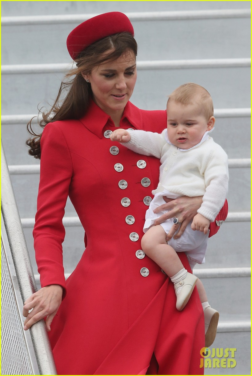 these kate middleton prince george pics are the cutest 01