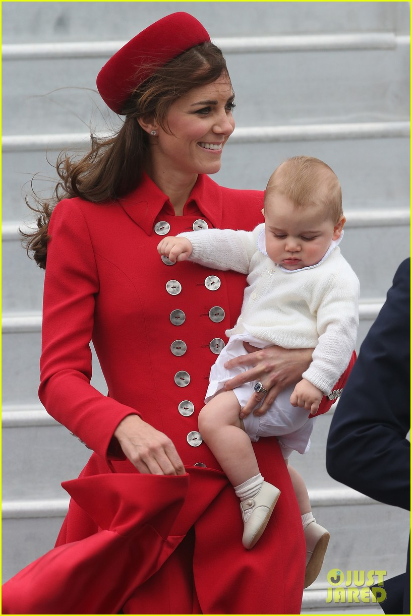 these kate middleton prince george pics are the cutest 07