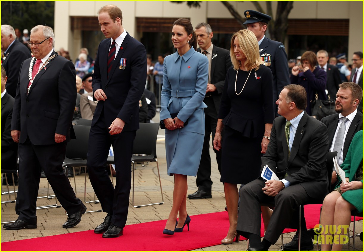 kate middleton prince william war memorial ceremony 05