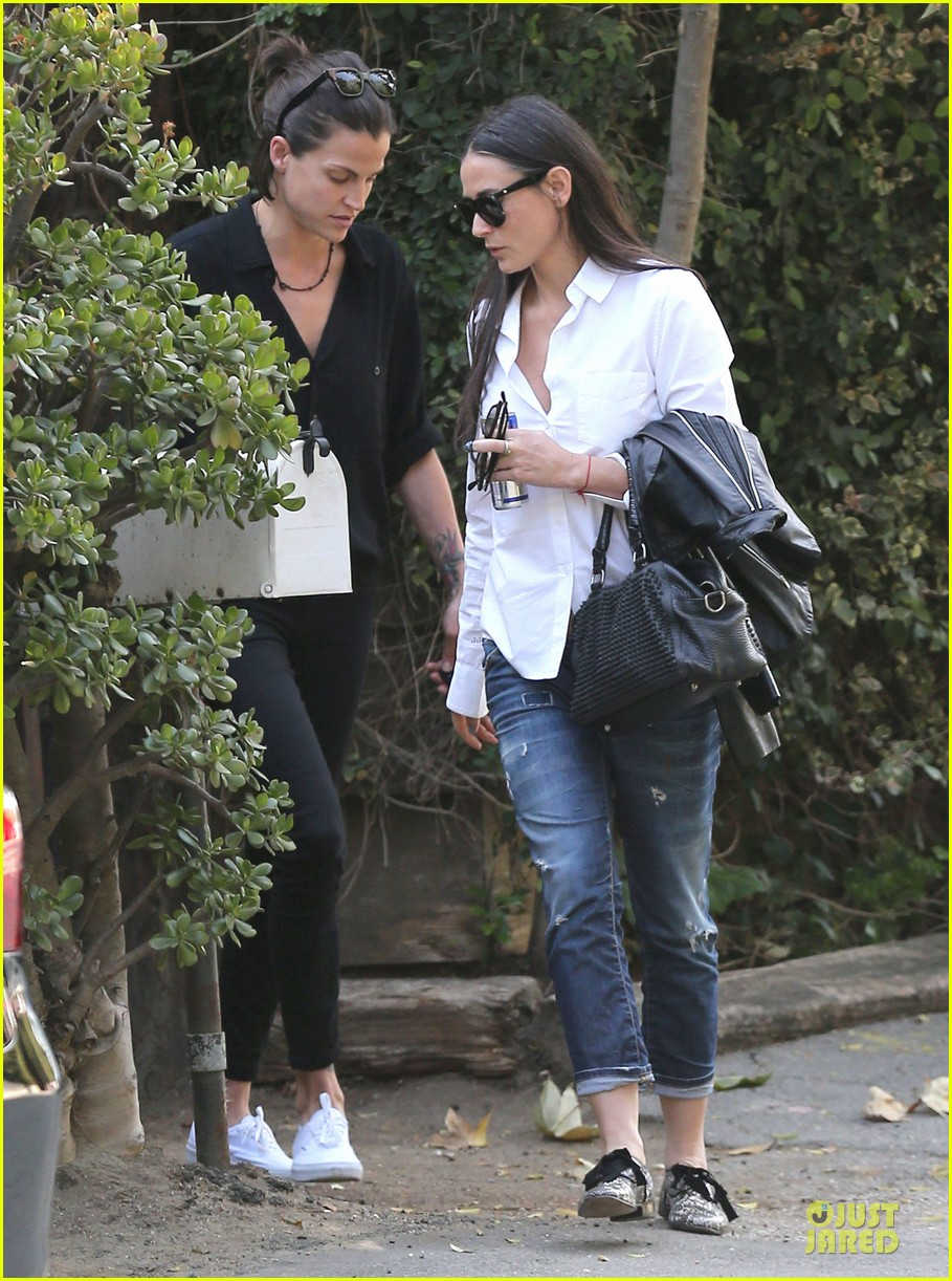 demi moore rob lowe saw each other two years ago 01