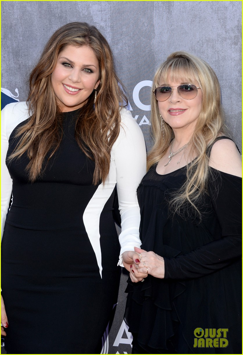 stevie nicks lady antebellum acm awards 2014 red carpet 033085890