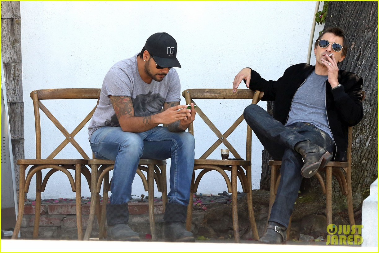 olivier martinez gets in some guy time with eduardo cruz 08