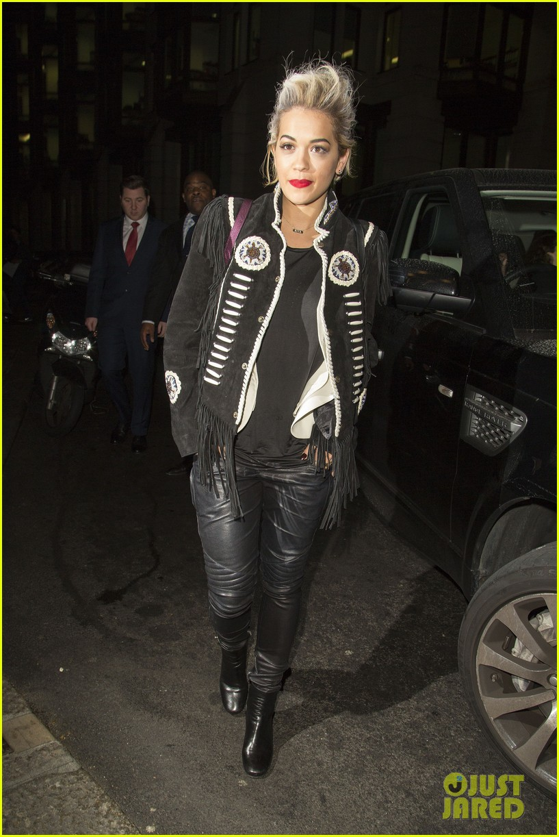 rita ora dines with chloe green at novikov in london 093083839