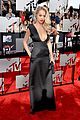rita ora rocks plunging neckline at mtv movie awards 2014 07