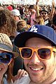 aaron paul kellan lutz hilarious photobomb at coachella is a must see 04