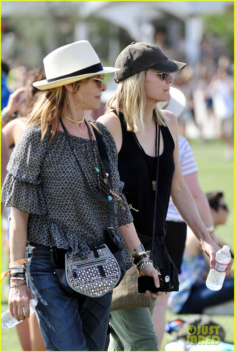michelle pfeiffer melanie griffith moms coachella 07
