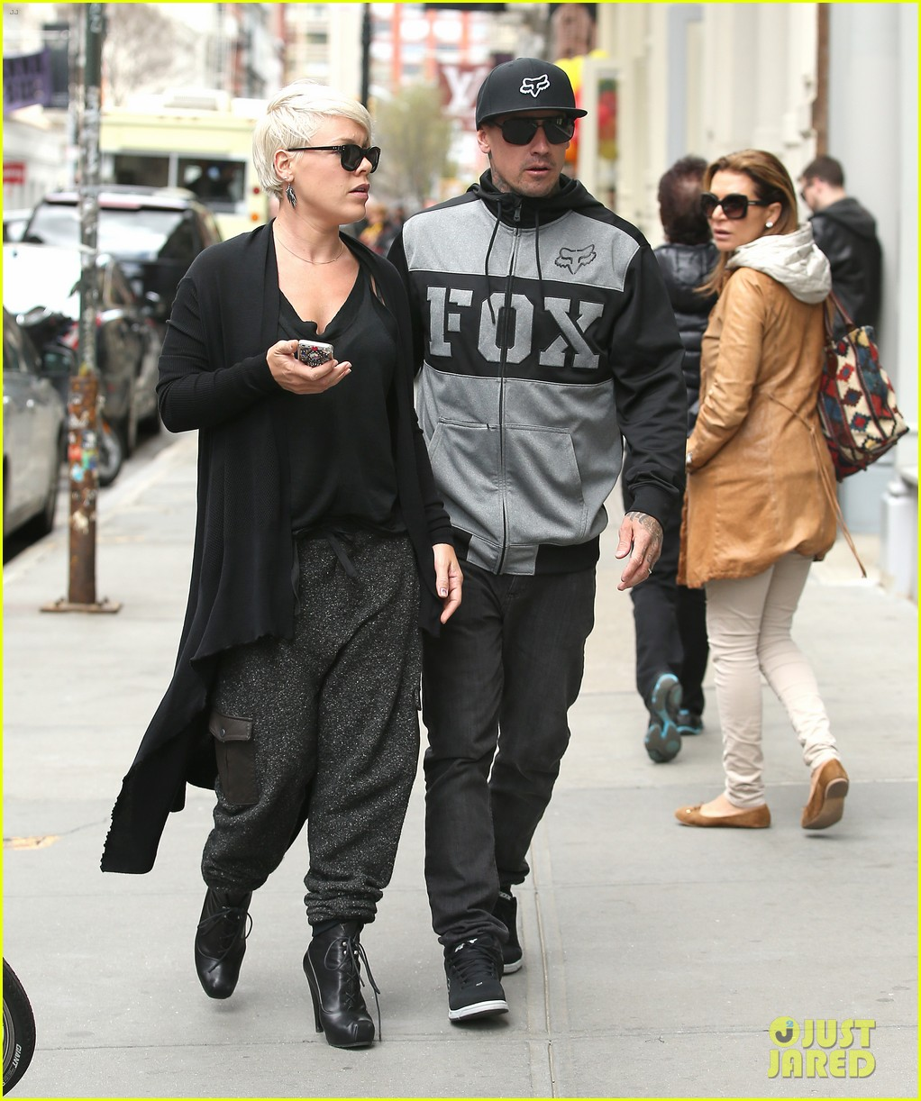 pink says billy joel was a god that i prayed to 10