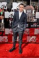 will poulter wins mtv movie awards 2014 01