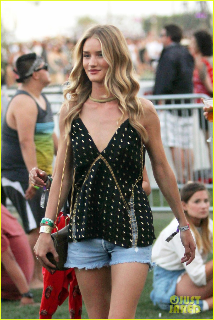rosie huntington whiteley alessandra ambrosio coachella day three 043092089
