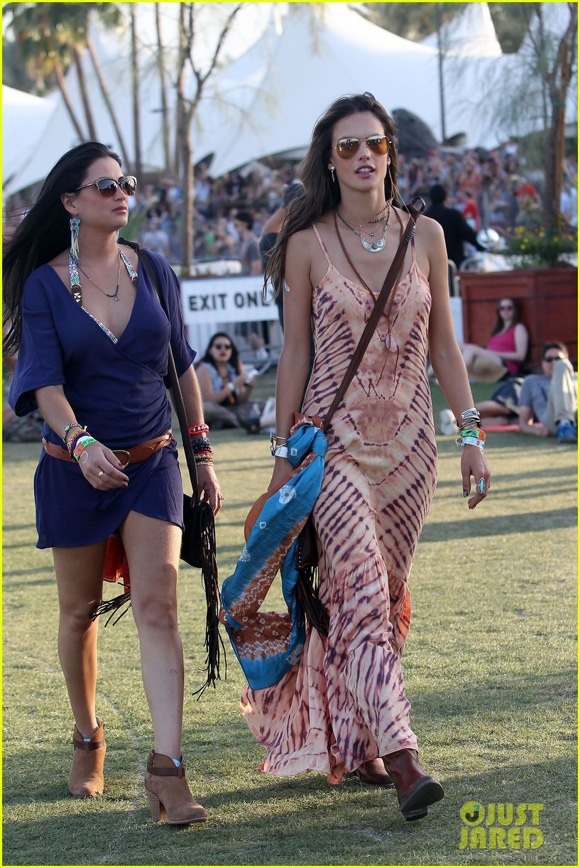 rosie huntington whiteley alessandra ambrosio coachella day three 153092100