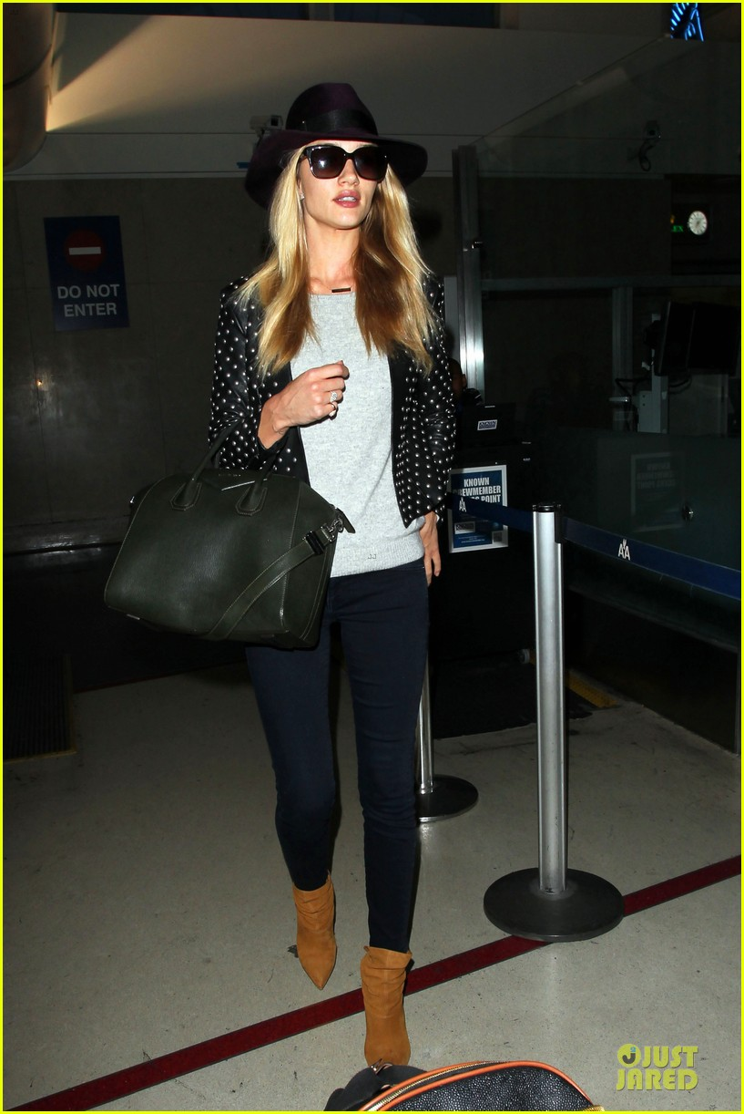 rosie huntington whiteley celebrate 27th birthday at lax 113094881