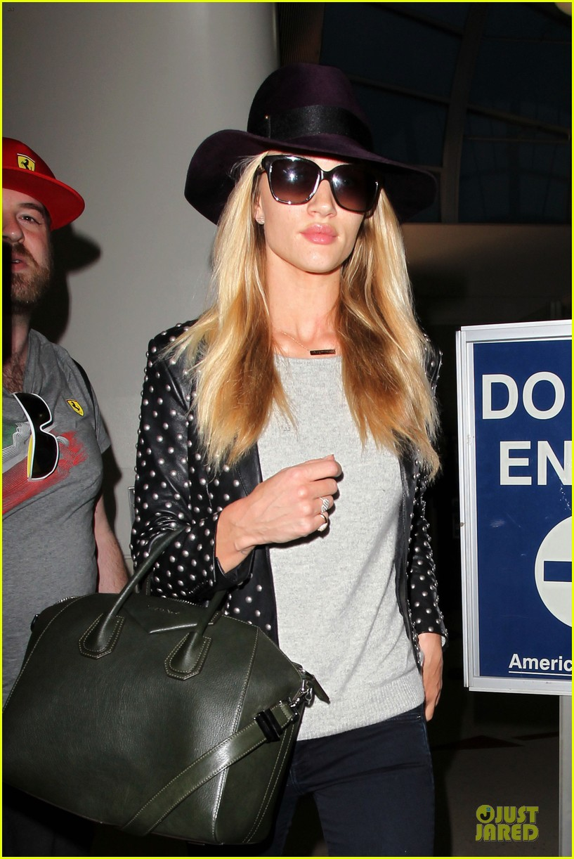 rosie huntington whiteley celebrate 27th birthday at lax 123094882