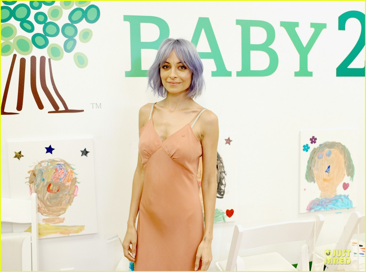nicole richie baby mother day celebration 063099657