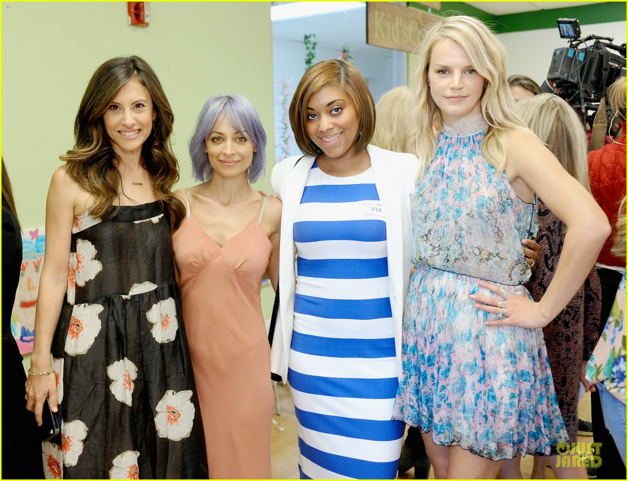 nicole richie baby mother day celebration 12