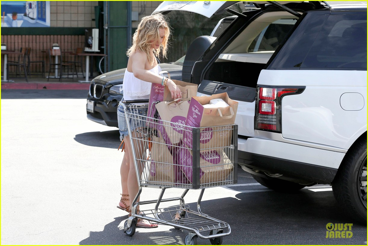 leann rimes daisy dukes get us excited for summer 21
