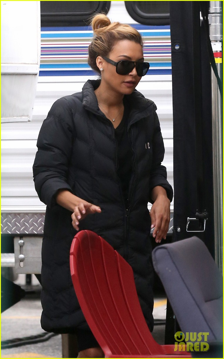 naya rivera removes engagement ring after big sean split 12