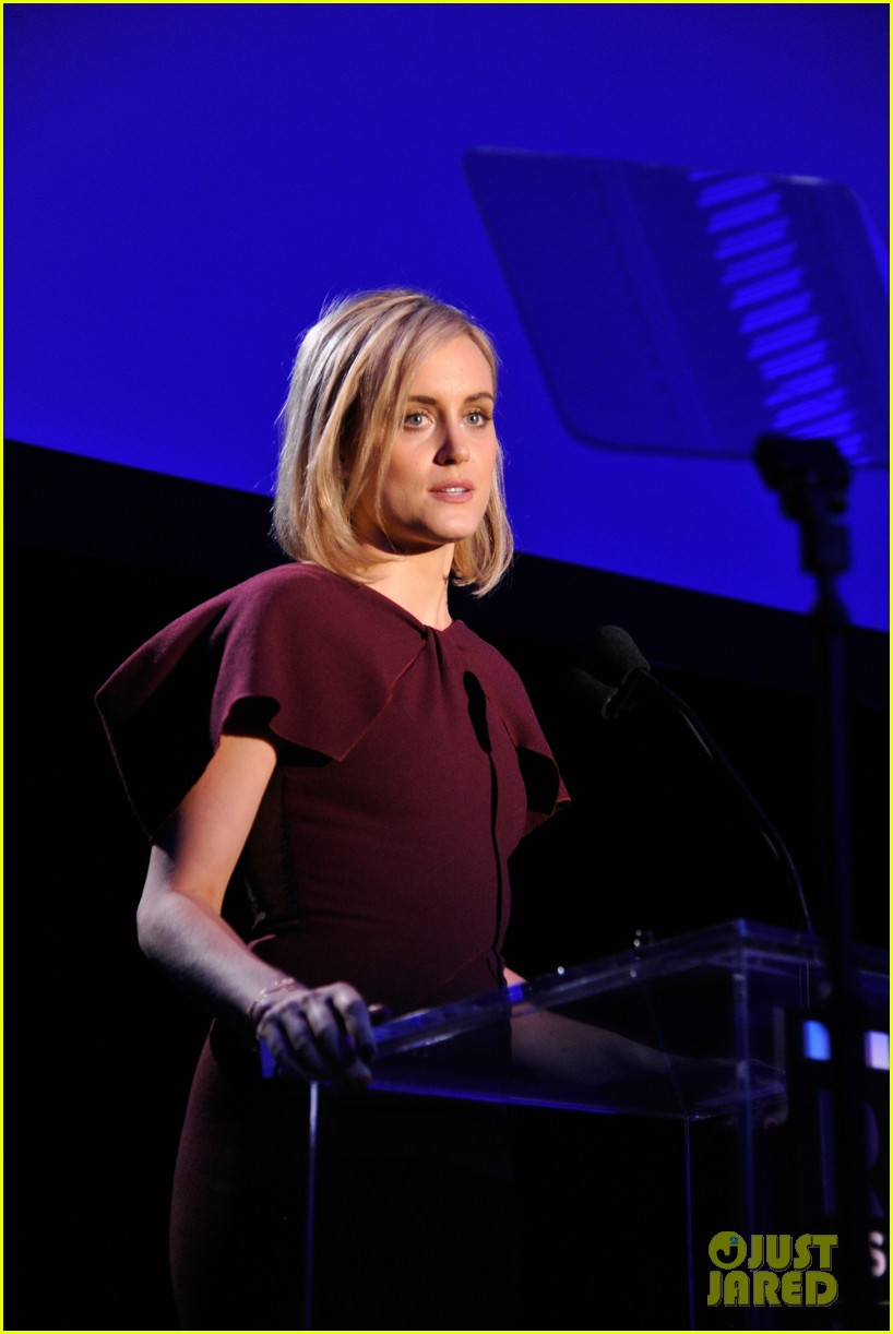 taylor schilling brie larson help tell reel stories 13
