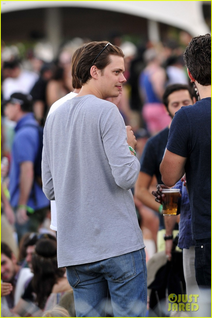 alexander skarsgard brother bill coachella 2014 04