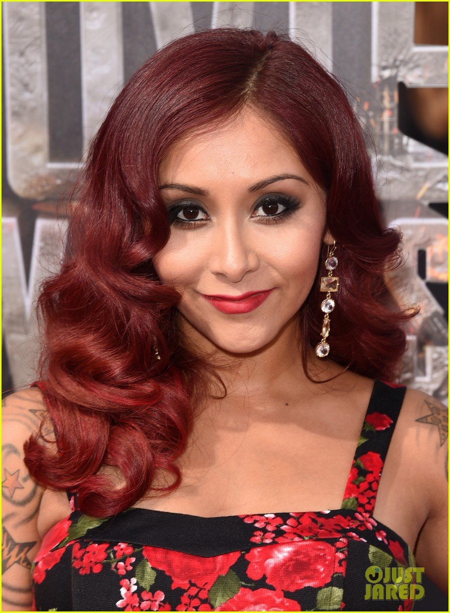 snooki jwoww pregnant pals at mtv movie awards 2014 023091058